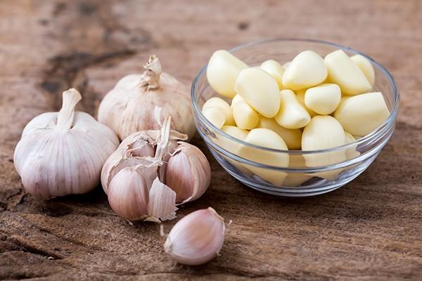Hạn chế ăn tỏi nếu mắt bạn yếu